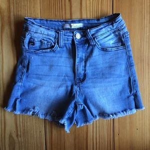 Kancan denim shorts size 3.